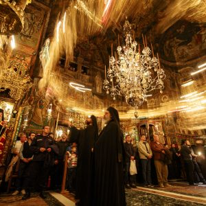 Hierotheos of Nafpaktos and Athanasios of Limassol at feast of St. Evdokimos - Photo journal from the Vigil (part 1)