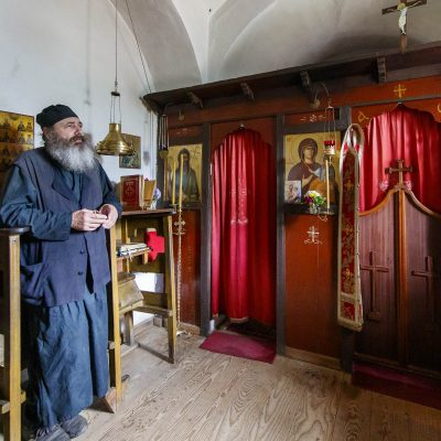Saint Paisios of Mount Athos: his most dire temptation - photo journal with his cell and feast
