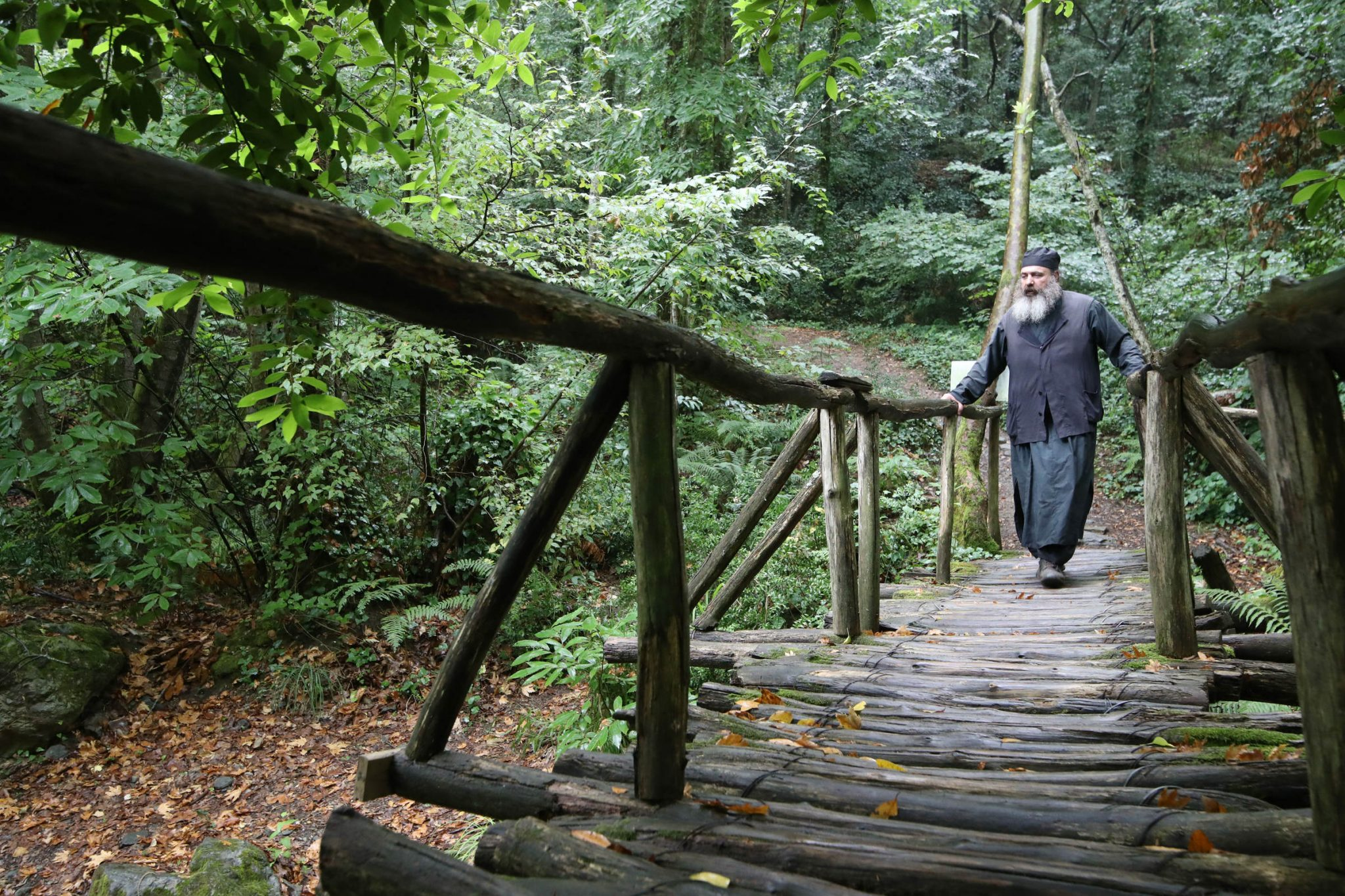 On the footpath till Paisios of Mount Athos' cell - the bridge