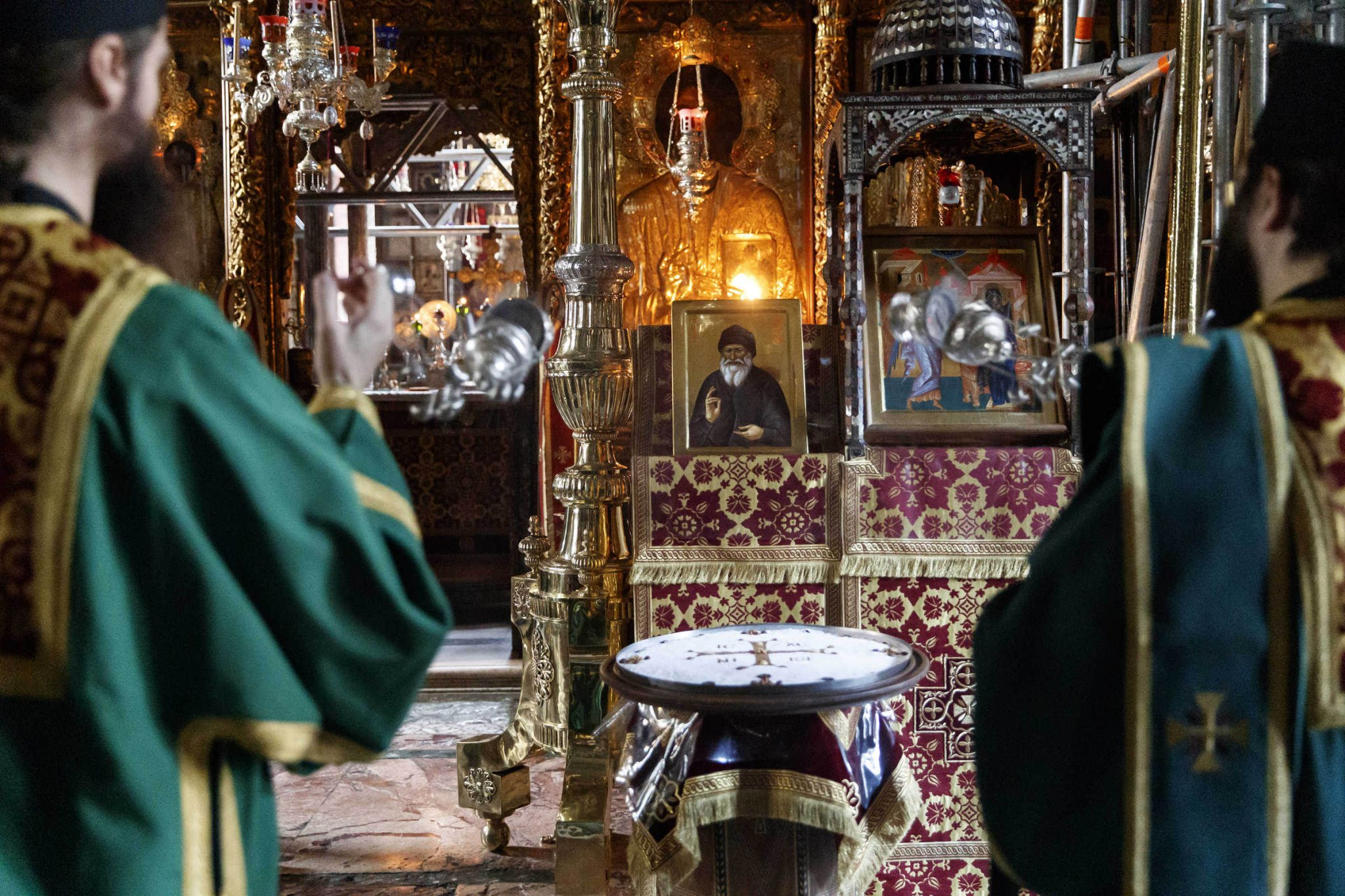 The testament of Saint Porphyriros: a proof of his humbleness